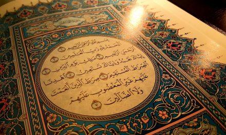 Roeqyah door middel van Koranverzen in water